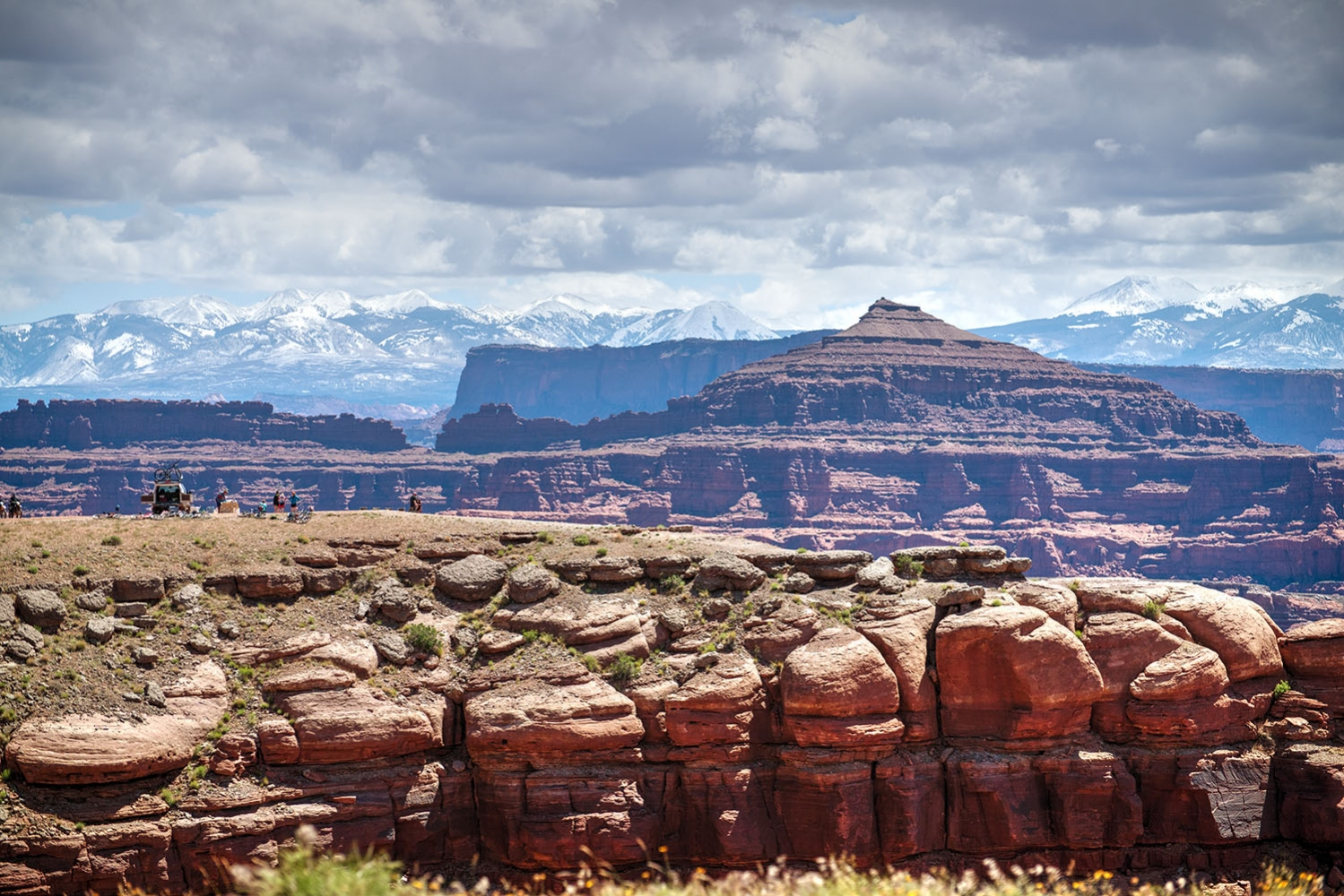 Canyonlands-National-Park-Full-Day-Guided-Mtb-Tour-Lunch-From-Afar-1