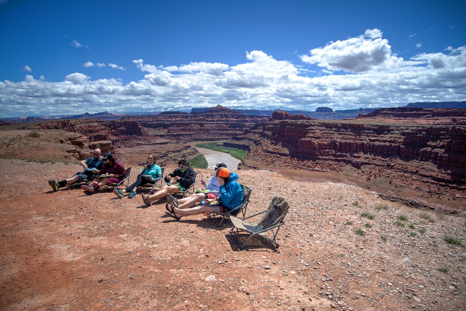 Canyonlands-National-Park-Full-Day-Guided-Mtb-Tour-Lunch-Sitting-2-1