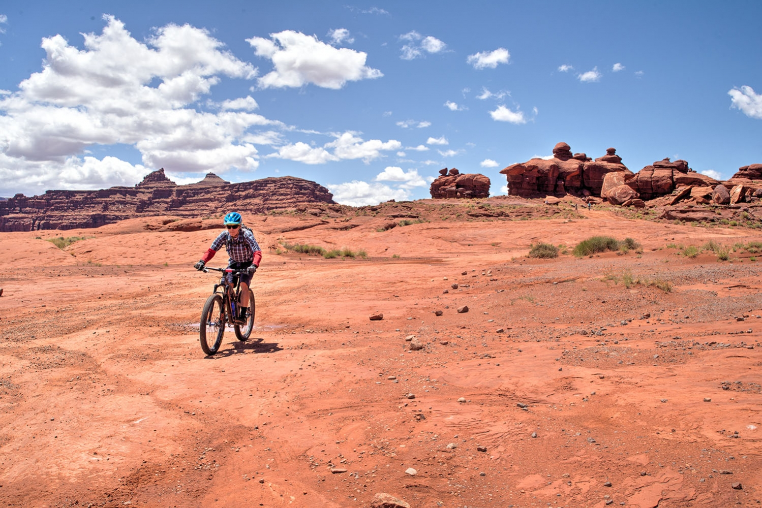 Canyonlands-National-Park-Full-Day-Guided-Mtb-Tour-Thread-The-Needle