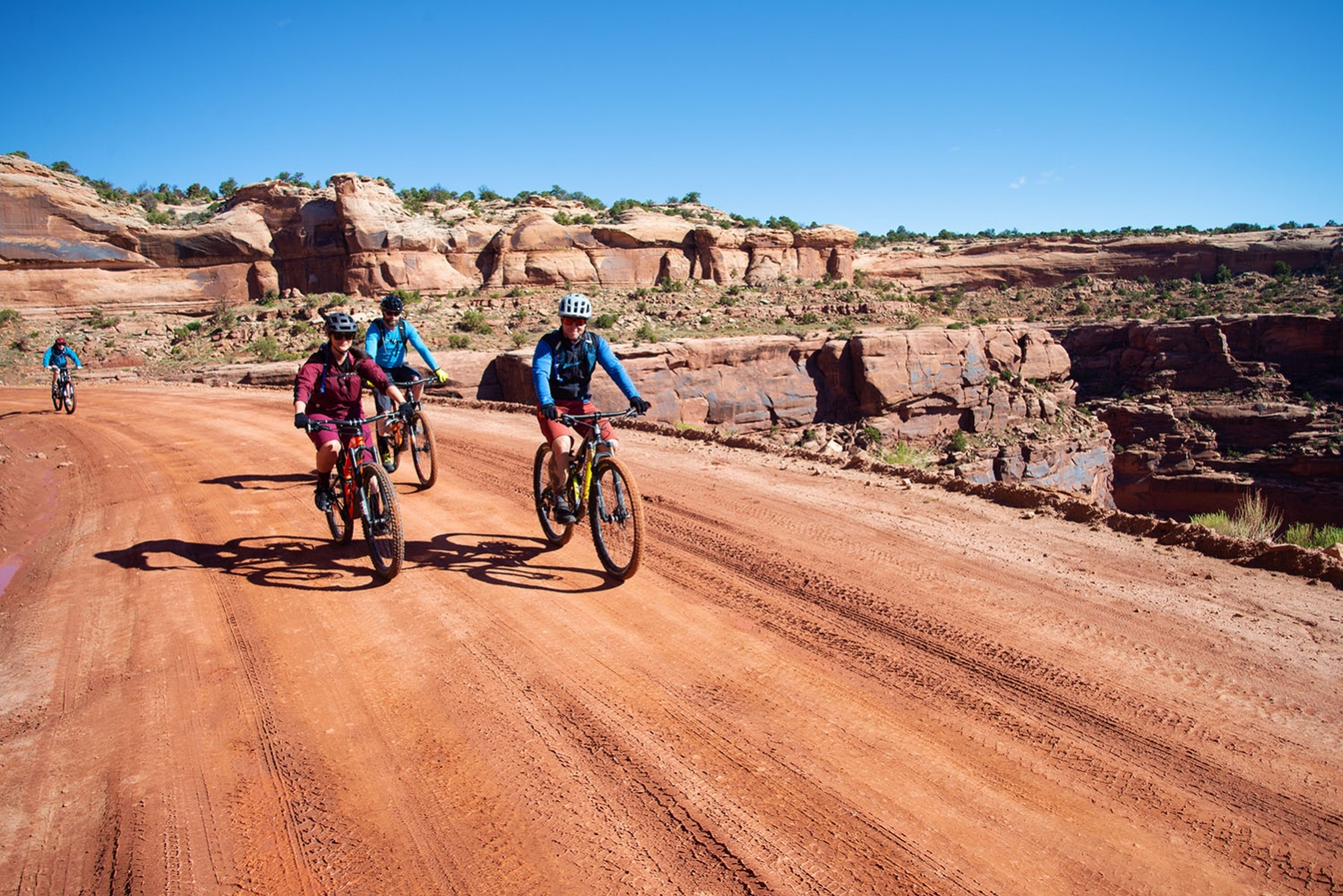 Canyonlands-National-Park-Full-Day-Guided-Mtb-Tour-Top-of-Shafer