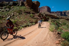 Canyonlands-National-Park-Full-Day-Guided-Mtb-Below-Intersection-3