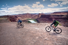 Canyonlands-National-Park-Full-Day-Guided-Mtb-Tour-Down-From-Lunch-1