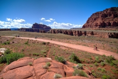 Canyonlands-National-Park-Full-Day-Guided-Mtb-Tour-Past-Shafer-2-1