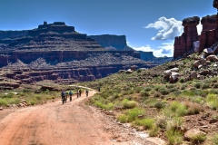 Canyonlands-National-Park-Full-Day-Guided-Mtb-Below-Intersection-5-1