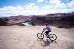 Canyonlands-National-Park-Full-Day-Guided-Mtb-Tour-Down-From-Lunch-4