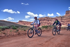 Canyonlands-National-Park-Full-Day-Guided-Mtb-Tour-Past-Exit-Sign