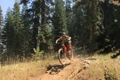 Mountain-Bike-Guide-Over-California-Sierra-Singletrack-Jump