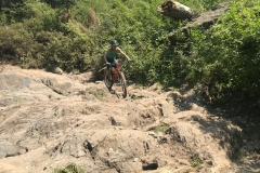 Sierra-Buttes-California-Guided-Mtb-Super-Rocky-Section