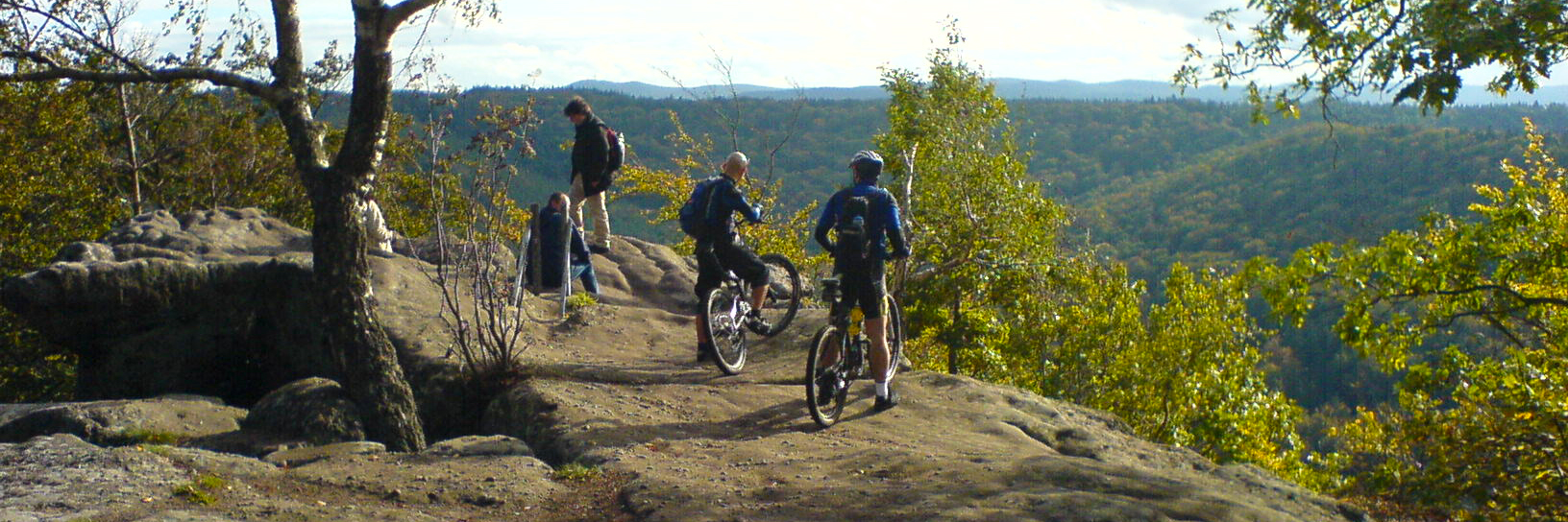 Mountain bike riders take in the views on the Durango Intermediate Singletrack guided tour