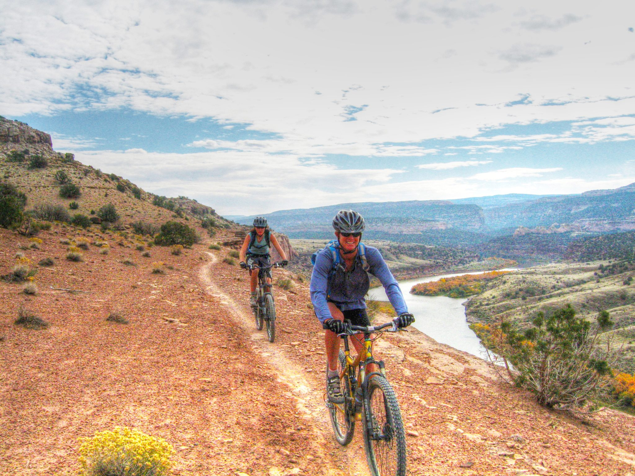 The Western Rim is one of the iconic sections of the Kokopelli Trail with great intermediate singletrack