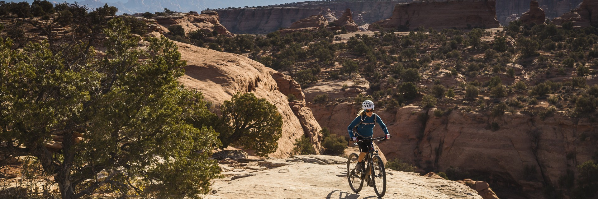 Along the edge above Bull Canyon, Magnificent 7, Moab UT
