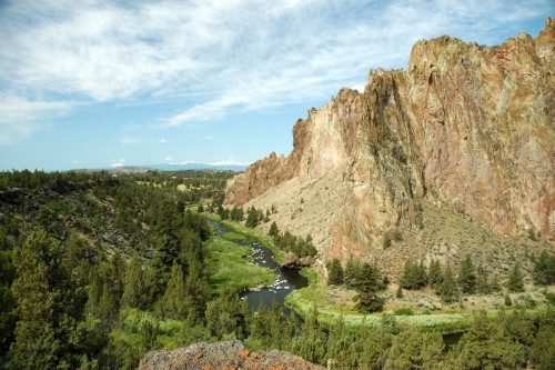After your guided mountain bike tour of the Oregon Cascades Singletrack enjoy Smith Rock State Park, too.