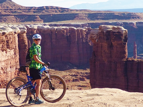 White Rim, Canyonlands National Park, Moab, amazing views, moderate to intermediate guided mountain biking