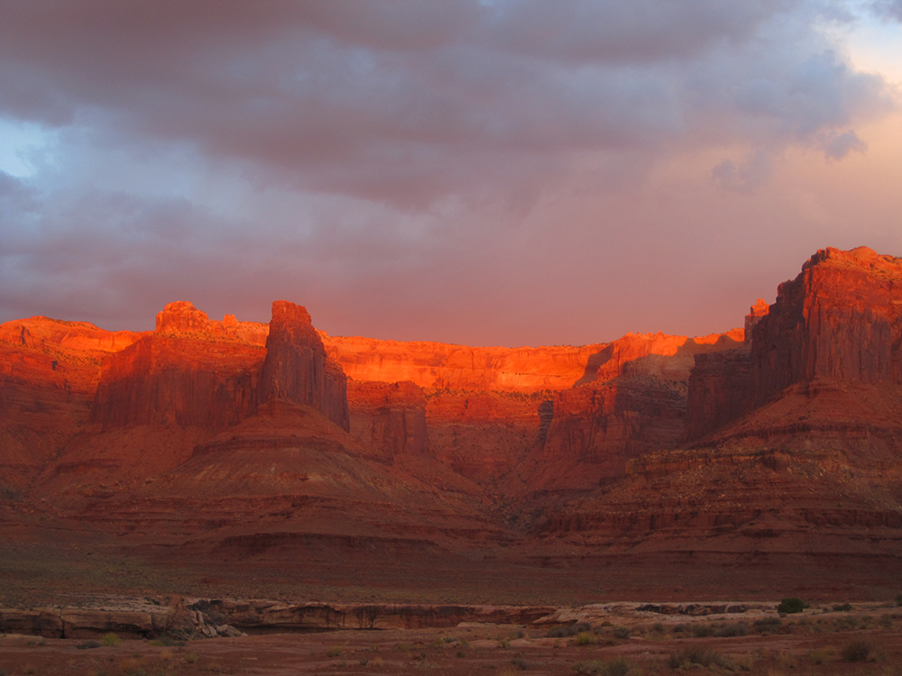 White Rim Golden Sunset 1k